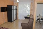 1 квартиры на ЧАСЫ- СУТКИ в Центре